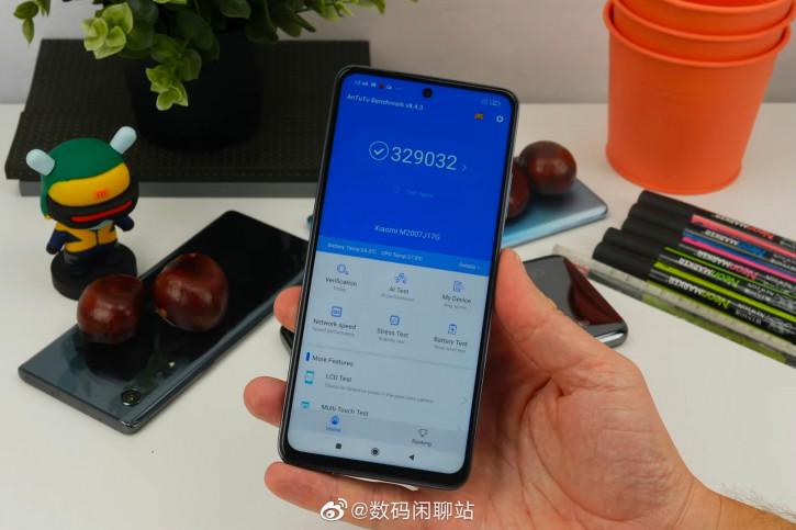 Смартфон Xiaomi Mi 10T Lite показали на живых фото