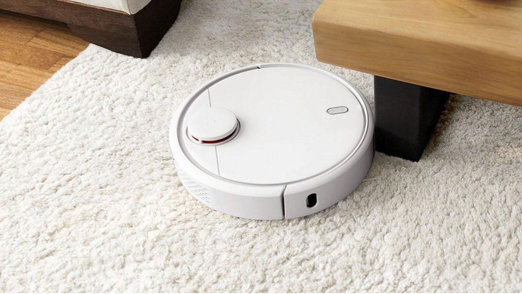 Робот-пылесос Xiaomi Mi Robot 1S Sweeping Vacuum Cleaner в режиме сухой уборки